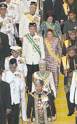 agong-jibby-held